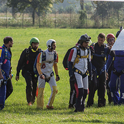 All'imbarco - Skydive!